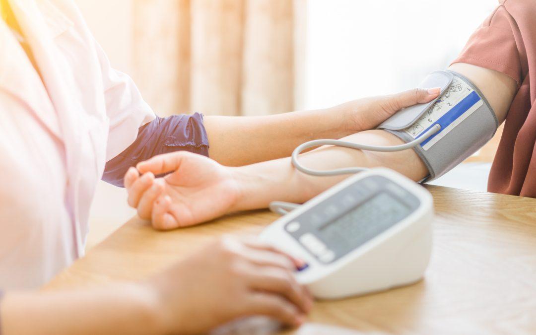 Hipertensão arterial: conheça as causas e os riscos da pressão alta