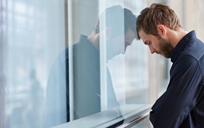 Depressão e isolamento na quarentena: 13 formas de preservar a saúde mental durante a crise